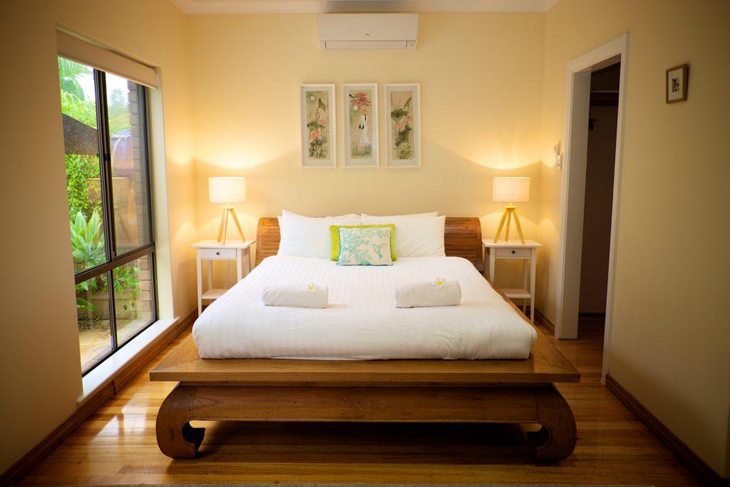 Swanbourne Colonial Bushland Retreat master bedroom