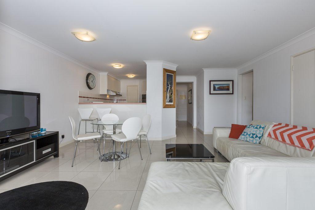 Cottesloe Cove Beach apartment living room