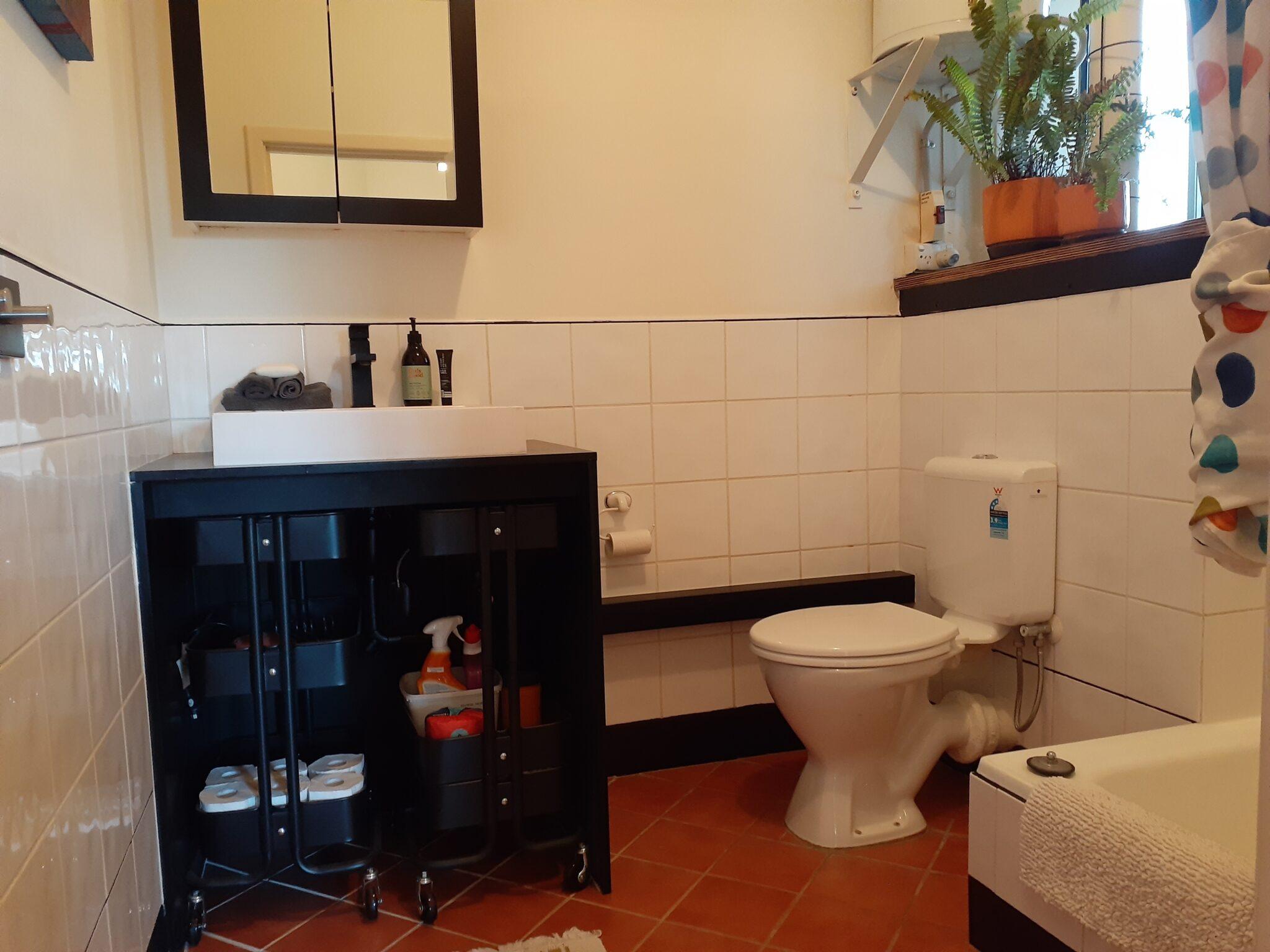The Salon at Sevenoaks bathroom