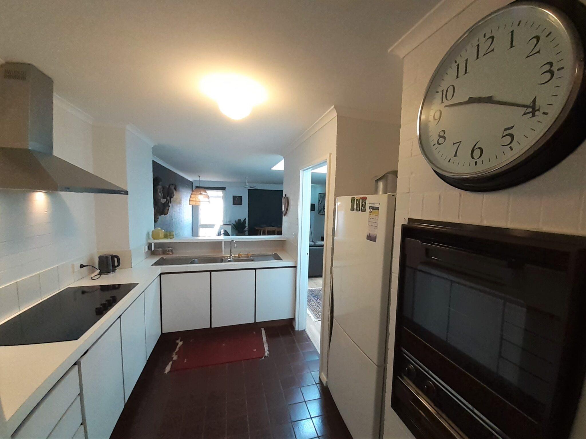 Suffolk street villa kitchen